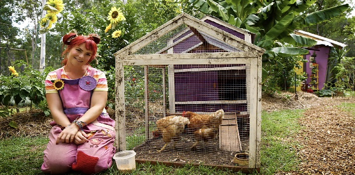 dirtgirl and her chickens